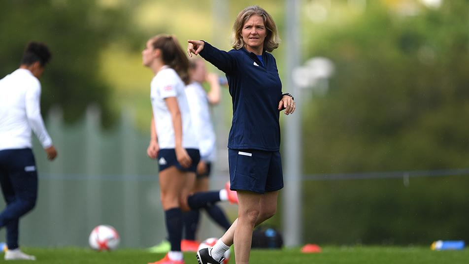 Hege Riise är huvudtränare för brittiska damlandslaget i fotboll.