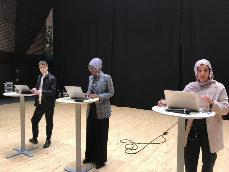 Från vänster: Silas Aliki, Maimuna Abdullahi och Fatima Doubakil.
